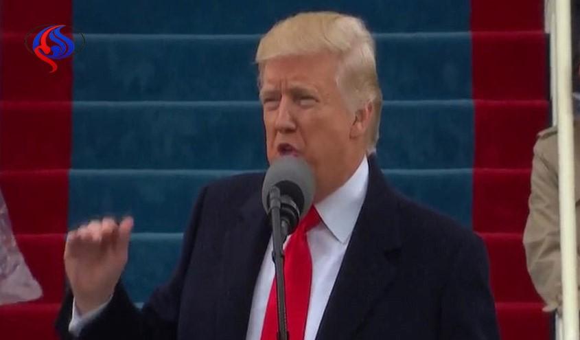 ترامپ به مقام هاي پيش از خود تاخت